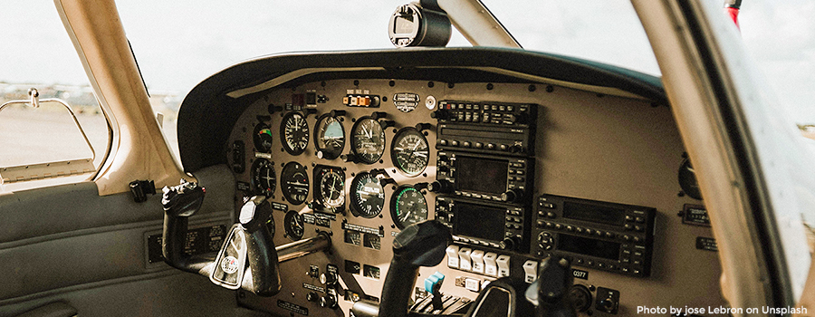 Cockpit Piper Arrow